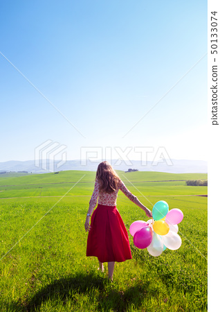 girl with balloon 50133074