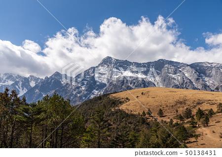 中國麗江玉龍雪山 中国観光スポット China Jade Dragon Snow Mountain 50138431