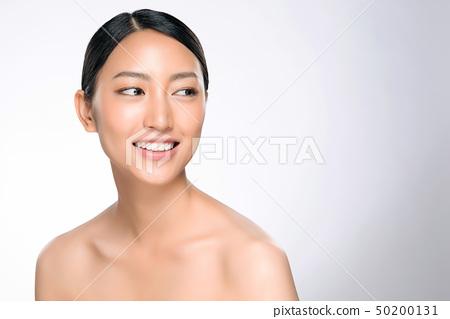 Beautiful Young asian Woman with Clean Fresh Skin 50200131