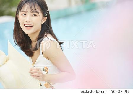 여성 여자 여행 리조트 50287397