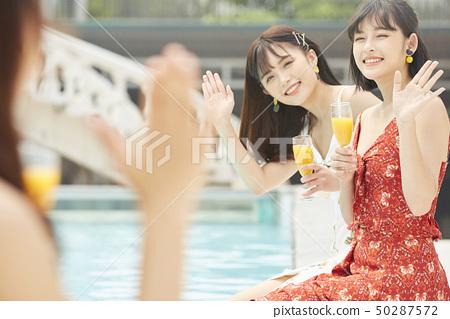 女性女性旅程度假村 50287572