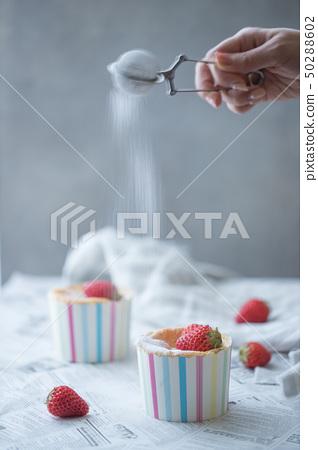 딸기 쉬폰 케이크 50288602