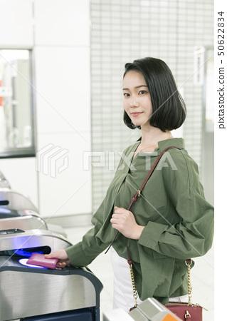 """전철 승차 이미지 '촬영 협조 삿포로시 교통국 """" 50622834"""