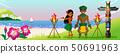 草裙舞者夫婦在海灘日落水平上跳舞 50691963