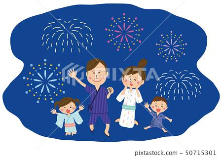流行家庭穿著浴衣在晚上高高興興地跳煙花 50715301
