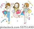 세일을 즐기는 3 명의 젊은 여성 50751499