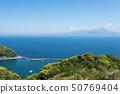 봄의 바다와 산 50769404