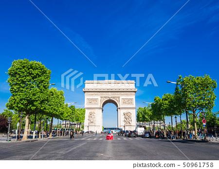 巴黎香榭麗舍大街和凱旋門 50961758