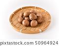 브라운 버섯 50964924