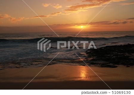 Hawaii Sunset 51069130