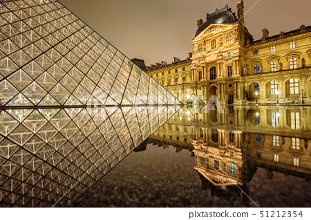 Louvre museum and glass Pyramid, Paris, France 51212354
