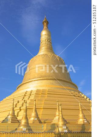 shwemawdaw pagoda, bago, myanmar 51285187