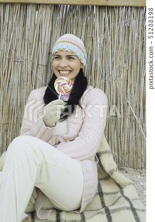 모자,막대사탕,글러브 51288198