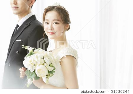 커플 결혼 51336244