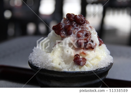 shaved ice 51338589