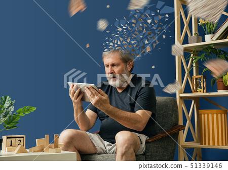 Old bearded man with alzheimer desease 51339146
