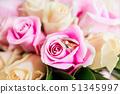 แหวน,ช่อดอกไม้,ดอกไม้ 51345997