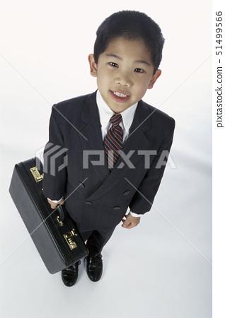 서류가방,양복,비즈니스맨 51499566
