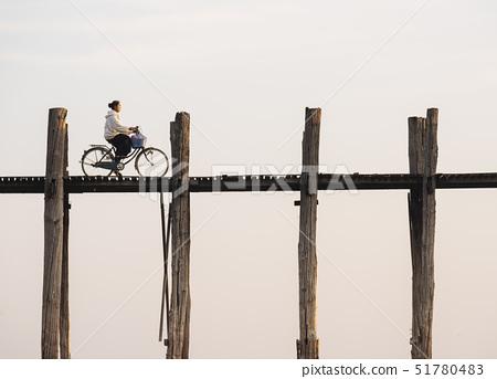 View of U-Bein Bridge at dawn, Amarapura, Mandalay, Mandalay Region, Myanmar (Burma), Asia 51780483