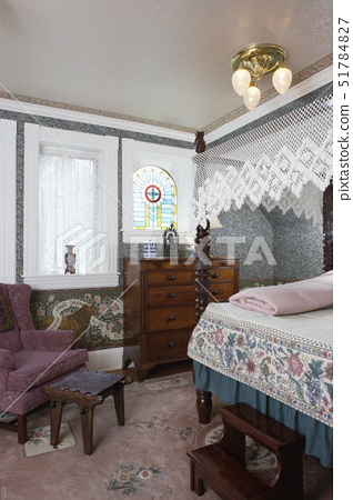 Bedrooms: Canopy bed with lace crocheted canopy, stained glass window, lace cafe curtains,1880's sty 51784827