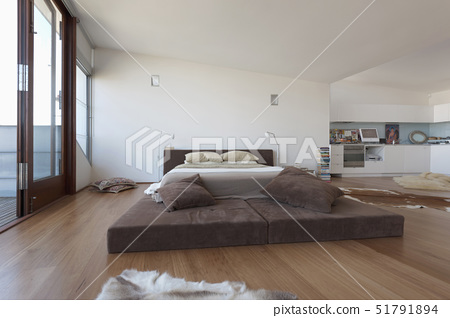 Platfrom bed in modern bedroom,Sydney, Australia 51791894