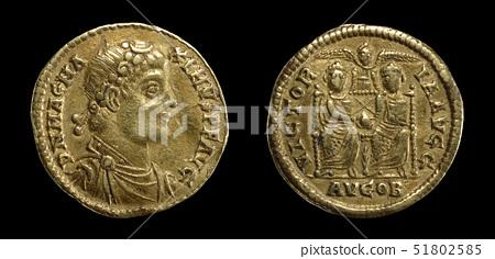 Gold solidus of Magnus Maximus 51802585