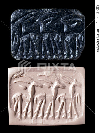 Stone gable-shaped seal 51813885