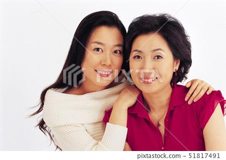 엄마,어깨동무,가정 51817491