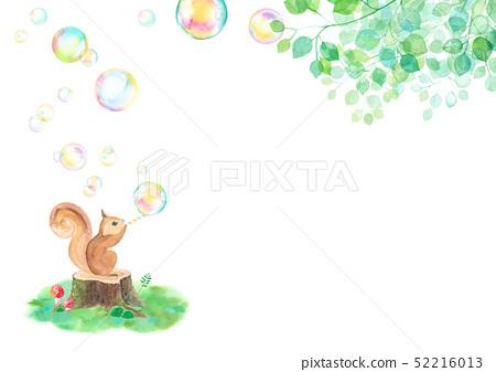 松鼠在陽光下吹肥皂泡(水平) 52216013