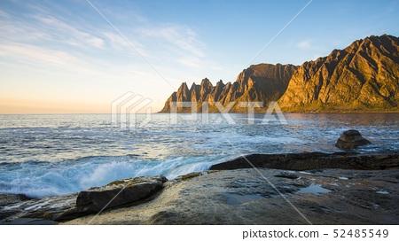 Coastal landscape near Tungeneset, Devil's Teeth, Okshornan mountain range, Senja, Troms, Nord-Norge 52485549
