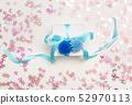 A gift box 52970113