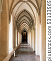 Arched cloister 53133565