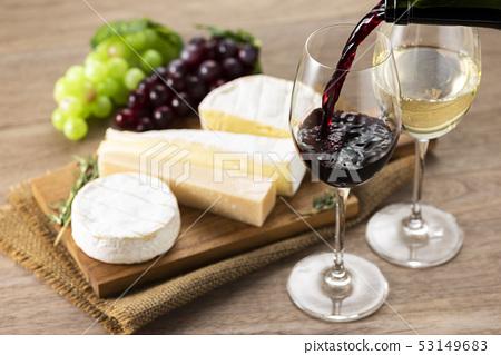 什錦葡萄酒和奶酪 53149683