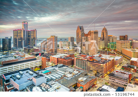 Detroit, Michigan, USA downtown skyline from above 53196744