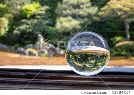 Japanese garden in May seen through crystal (Yasansui) 53294814