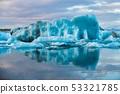 Icebergs in the glacier lagoon of Joekulsarlon in Iceland, Europe 53321785