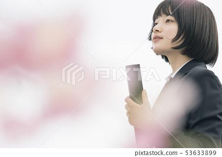 高中生春季毕业 53633899