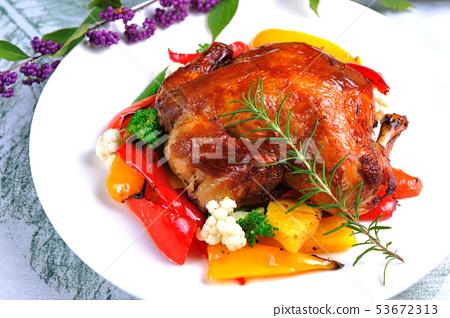 新鮮烤雞-美味 53672313