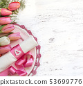 Festive wedding table setting in pink 53699776