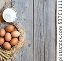 Chicken eggs, wheat and flour 53701111