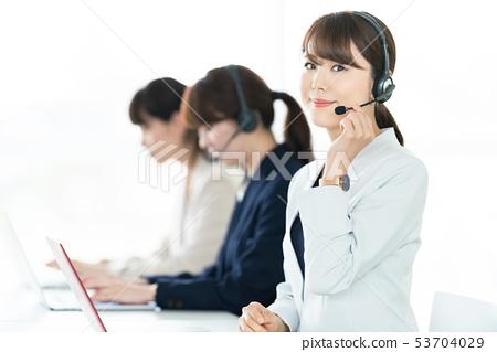 操作者 53704029