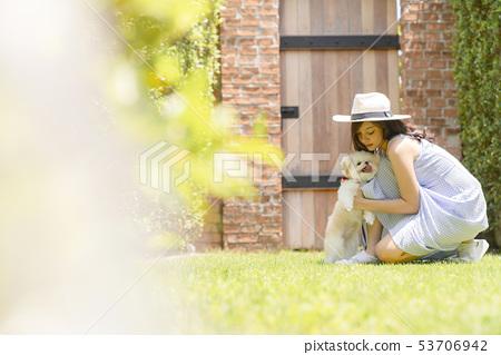 여성 애완 동물 라이프 스타일 53706942