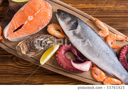 seafood, prawn, shrimp 53761925