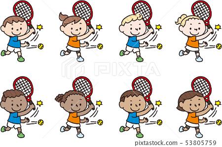 來自不同國家的兒童打網球 53805759