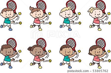 來自不同國家的兒童打網球 53805762