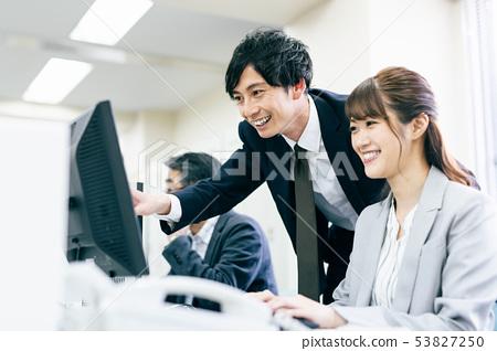 營業所書桌工作 53827250