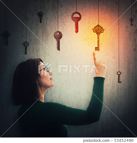 woman find magic key 53852490