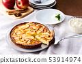 Apple tart 53914974