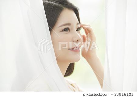 여성 미용 53916103