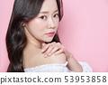 女人美容面部表情 53953858